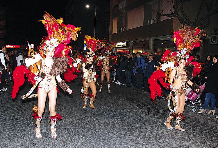 Samba-aqueceu-ruas-tirsenses