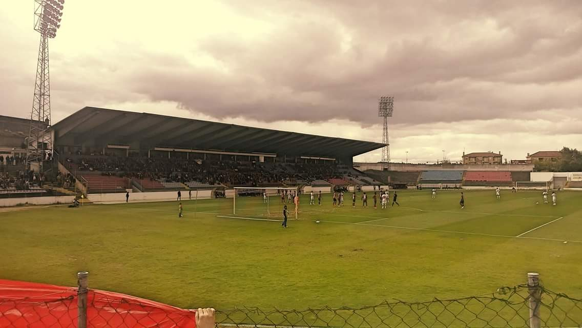 Aves perde 2-0 com Chaves