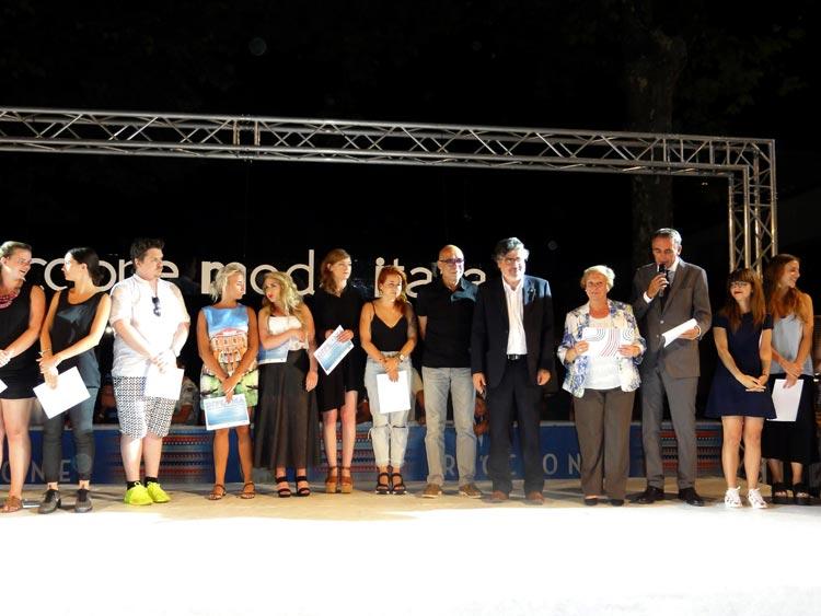 Designer de moda portuguesa vence concurso internacional