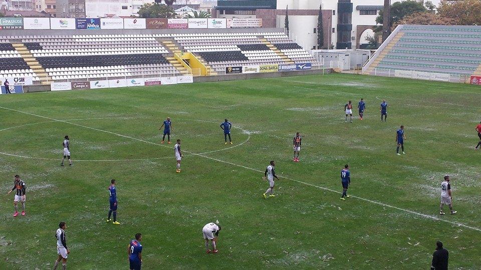 Famalicão venceu por 3 em Portimão