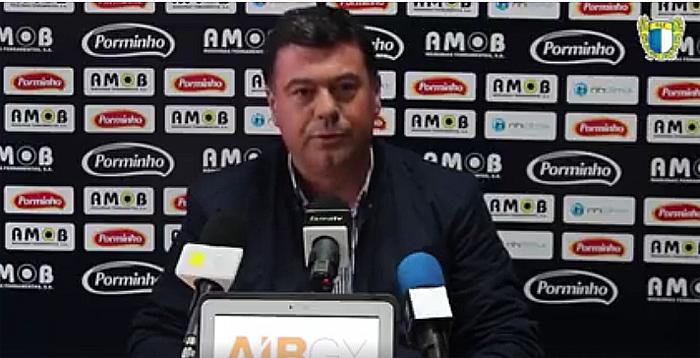 """Famalicão quer subir à I Liga mas não """"a todo o custo"""""""