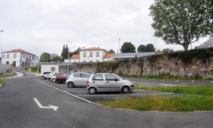 Centro de Famalicão conquista mais e melhor estacionamento público