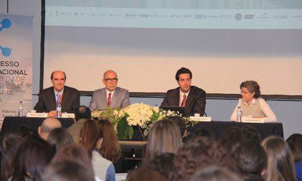 Congresso internacional de terapia da fala junta 400 pessoas na Fábrica (c/video)