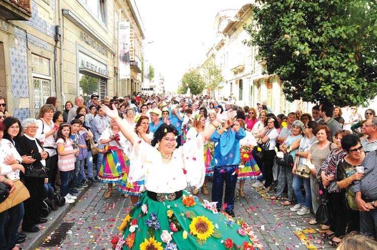 Festa das Flores & Trocas de 12 a 15 de maio