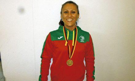 Maria Lagoa é campeã mundial no Levantamento de Peso Olímpico