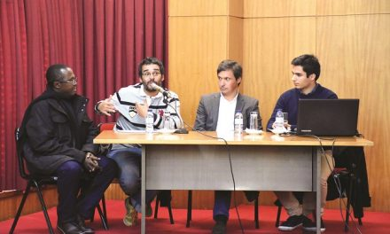 Luaty Beirão apadrinha núcleo da Amnistia Internacional