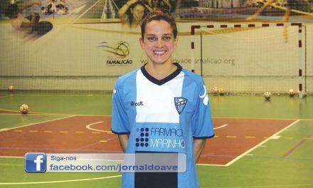 """Ana Azevedo venceu Quina de Ouro: """"Jogo pelo amor que tenho pelo futsal e pelo clube"""""""