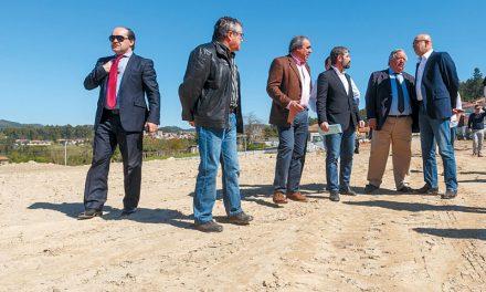 Joaquim Couto visitou obras da academia de futebol do Desportivo das Aves