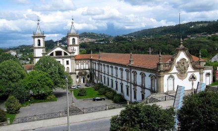 Paróquia de Santa Maria Madalena com compasso em domingo de Páscoa