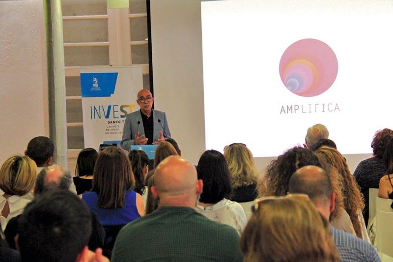 AMPlifica ajuda empresas sociais na autossustentabilidade