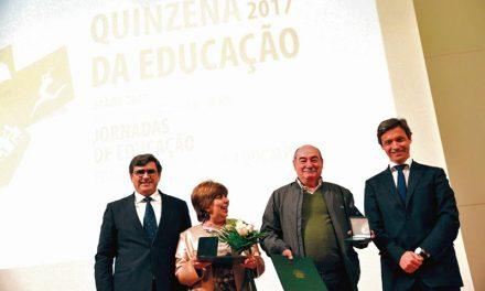 Paulo Cunha homenageou professores aposentados
