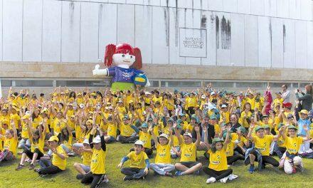 Mais de mil alunos participaram no Gira-Vólei