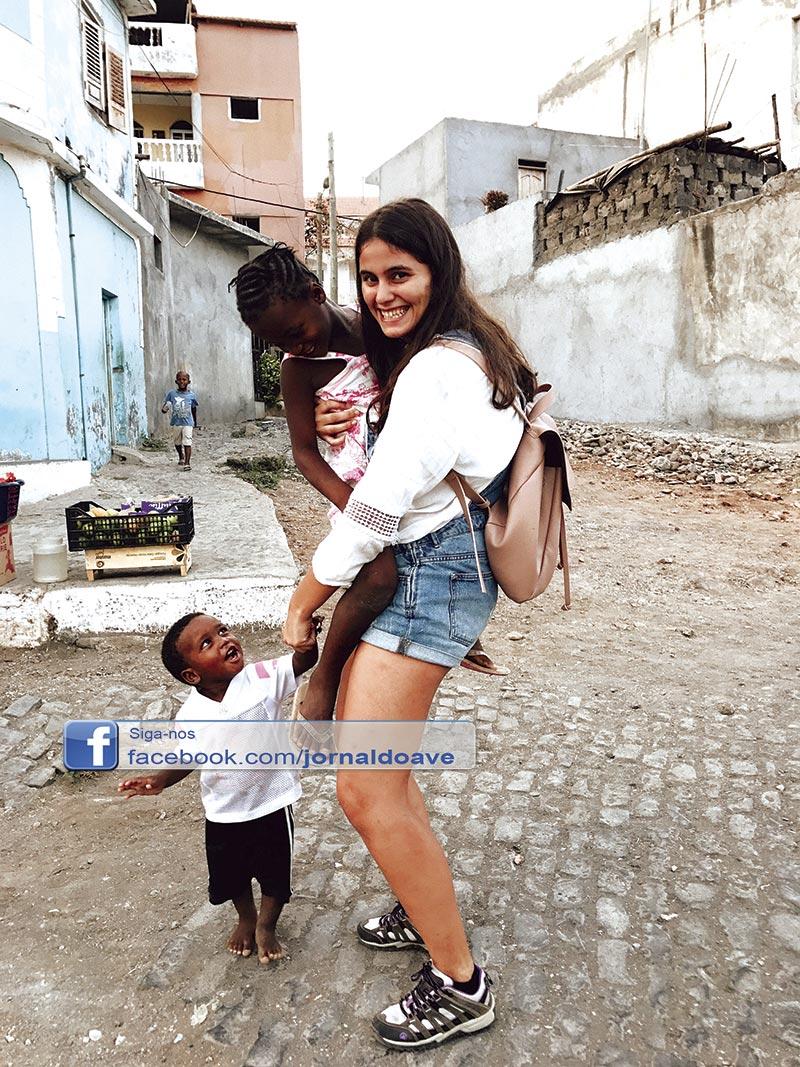 """""""Atelier dos Pikis"""" o projeto de uma famalicense que mudou Cabo Verde"""