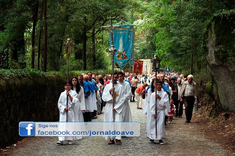Senhora da Assunção  atraiu centenas de fiéis