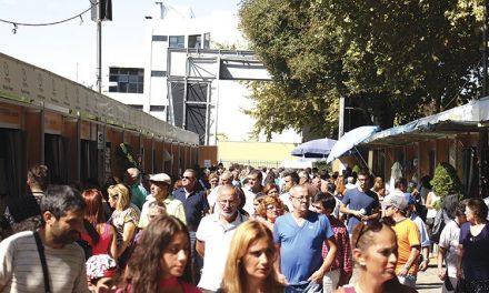 Milhares na Feira de Artesanato e Gastronomia