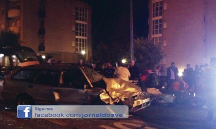 6 feridos em colisão frontal