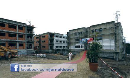 Arrancaram obras de reabilitação do  complexo habitacional de Mourizes