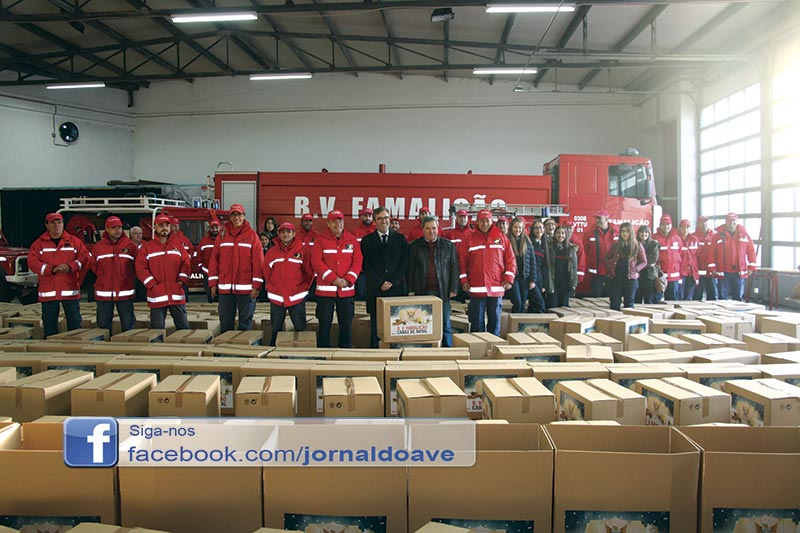 Bombeiros de Famalicão entregaram 15 toneladas de alimentos
