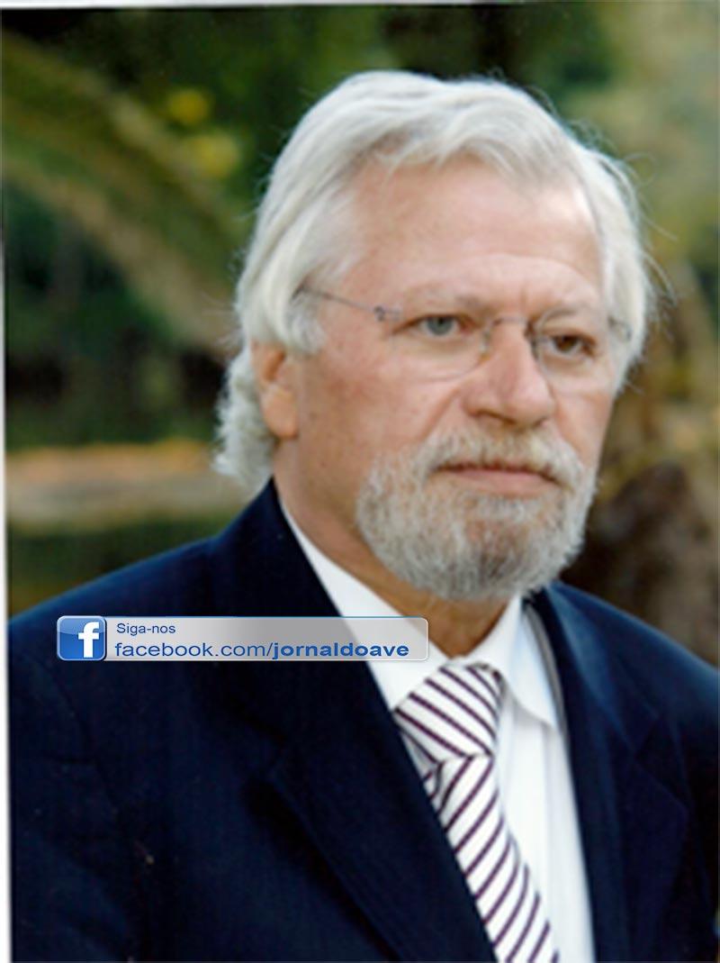 Marcelo condecora diretor da Pediatria do Centro Hospitalar