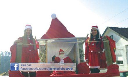 Pai Natal visitou Mogege e deu presentes às crianças