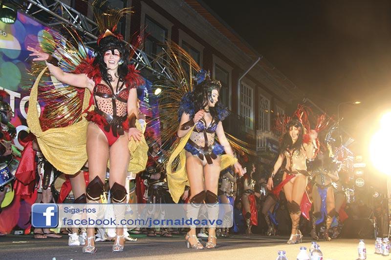 Carnaval de Santo Tirso enche Largo