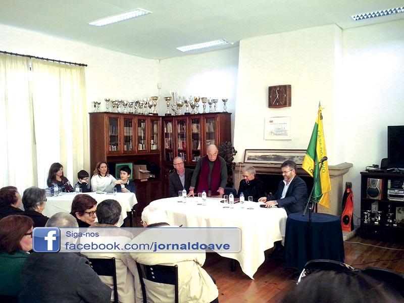 Joaquim Moura apresentou livro de poesia