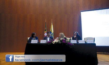 Lírio Azul debate sobre mulheres sem-abrigo