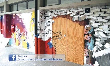 Martinho Dias e alunos de Joane partilharam pintura de mural