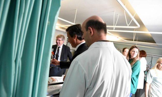Paulo Cunha em visita Pascal ao Hospital de Famalicão