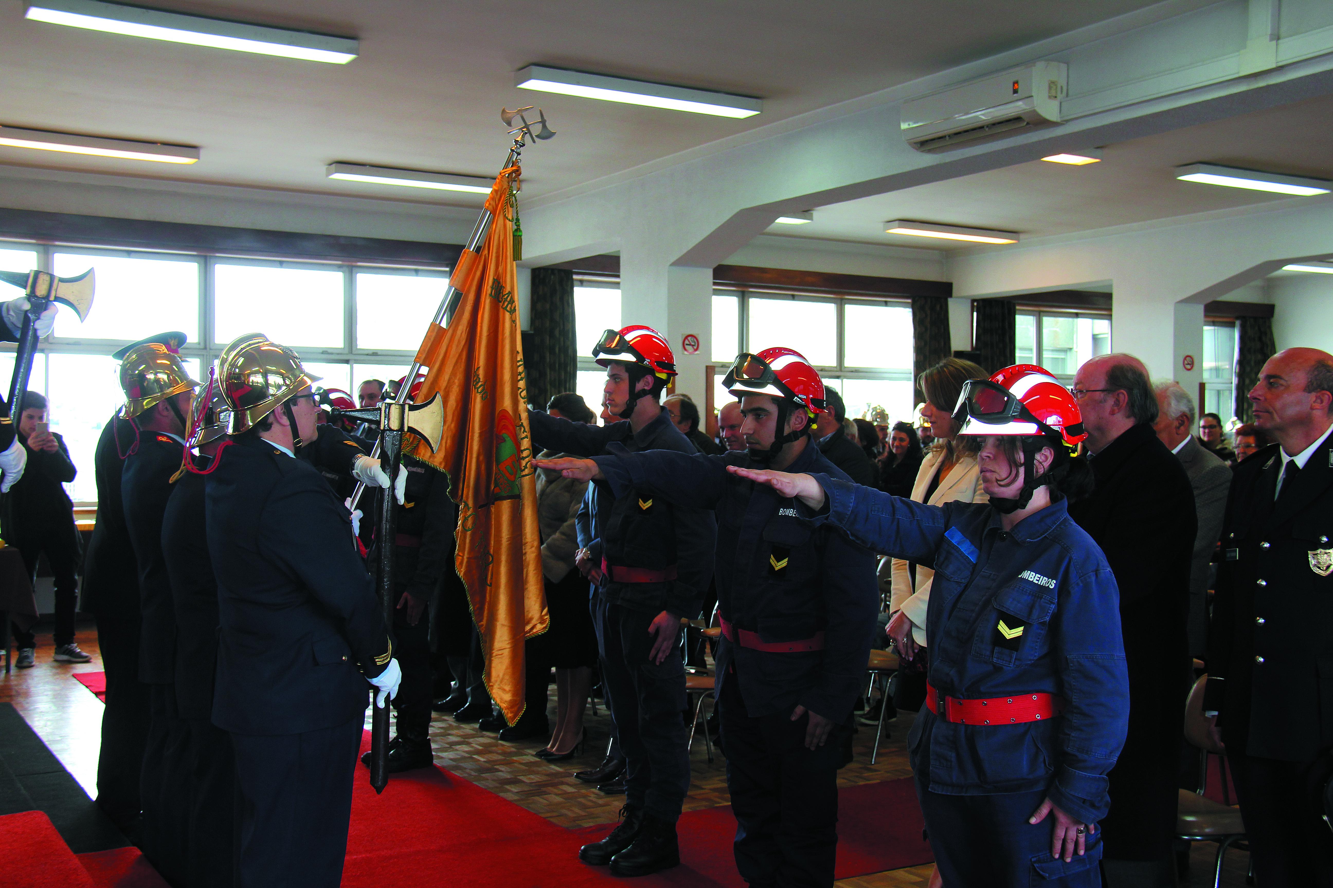 """Bombeiros """"Amarelos"""" comemoraram 88.º aniversário"""