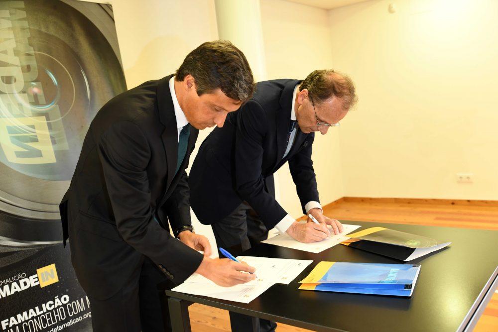 Paulo Cunha e Paulo Nunes de Almeida assinaram acordo