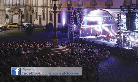 Rodrigo Leão atraiu centenas no aniversário do MIEC