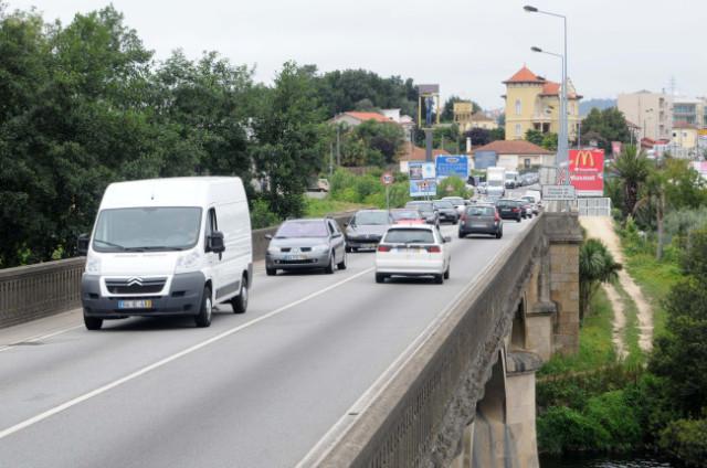 Deputados questionam sobre nova ponte sobre o Ave