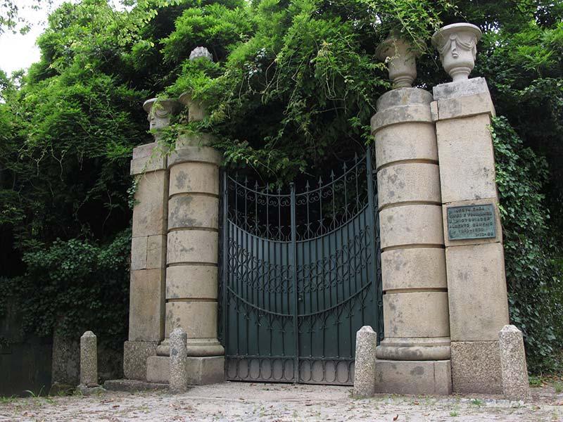 Casa-de-Boamense-em-Cabeçudos-onde-viveu-e-trabalhou-Alberto-Sampaio-(2…