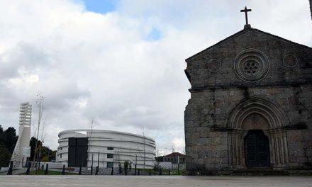 Cortejo de oferendas reverte para obras na Igreja de Antas