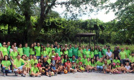 Família EARO reúne-se em piquenique