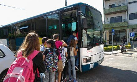 Câmara de Santo Tirso investe mais de um milhão  para garantir transporte escolar a alunos