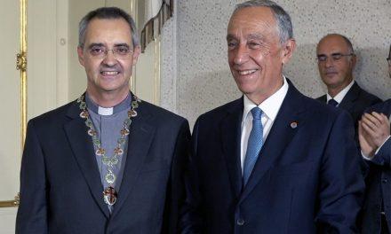 Padre Nuno da Silva Gonçalves condecorado