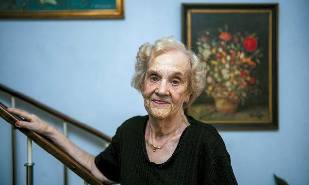 Decana das enfermeiras obstetras de Famalicão homenageada