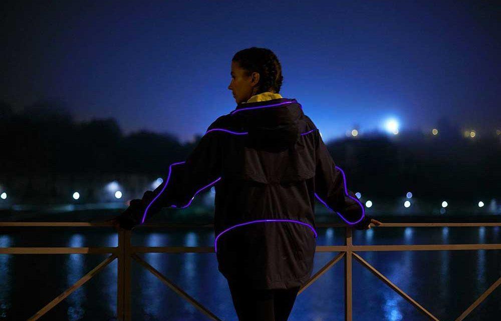 Scoop ajuda a criar casaco com iluminação inteligente (c/ vídeo)