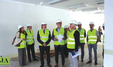 Arrancou construção do novo Tribunal do Comércio (c/ vídeo)