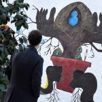 Cerâmica e barro inspiram novo mural de arte urbana em Bairro