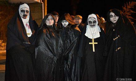 Associação Estrelas da Serra comemora aniversário com caminhada assustadora