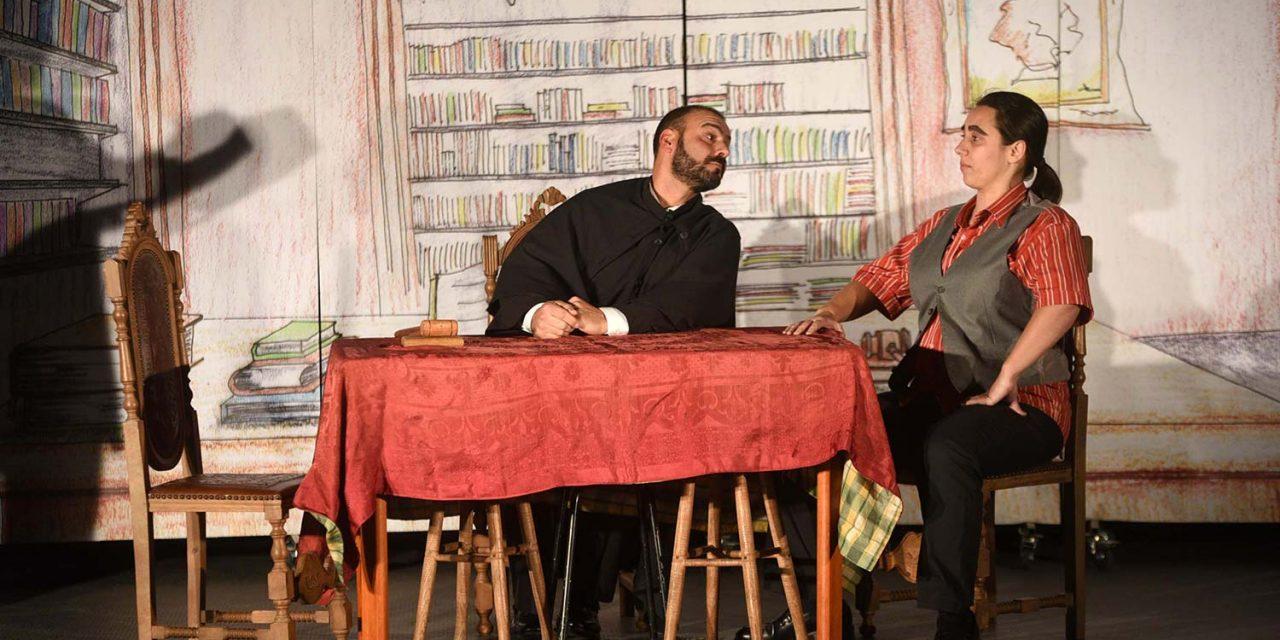 "Teatro vai à ""aldeia"" até 15 de dezembro"