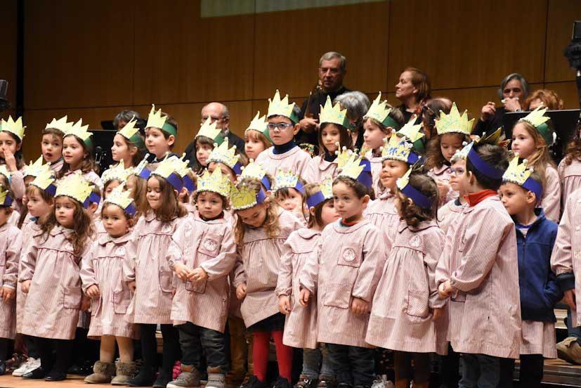 Duas mil crianças e seniores famalicenses celebram os Reis