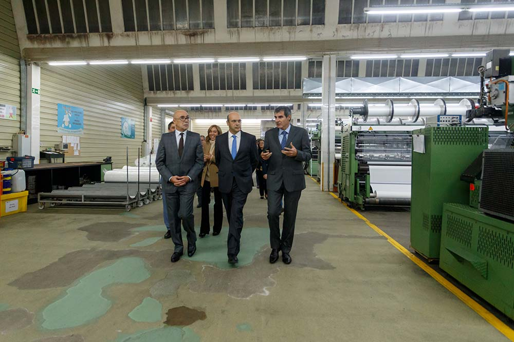 Em-novembro-o-Ministro-da-Economia-visitou-a-LMA—foto-arquivo
