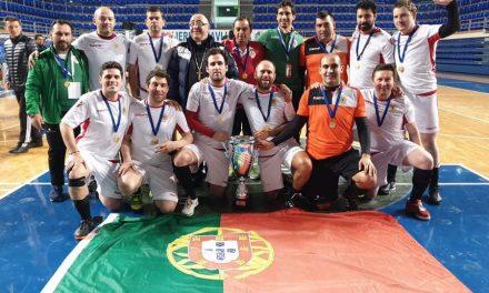 Padres portugueses campeões da Europa de Futsal