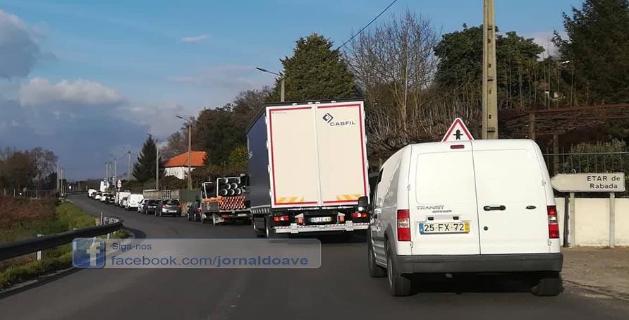 Obras na EN105 desesperam condutores
