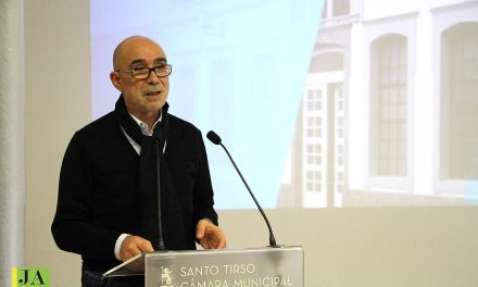 """Autarca de Santo Tirso critica posição """"redutora"""" e """"castradora"""" da Comissão Nacional de Eleições"""