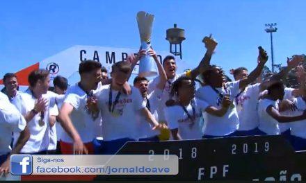 Aves é Campeão da Liga Revelação (c/video)